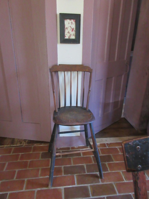 Early 19th century rod back windsor high chair